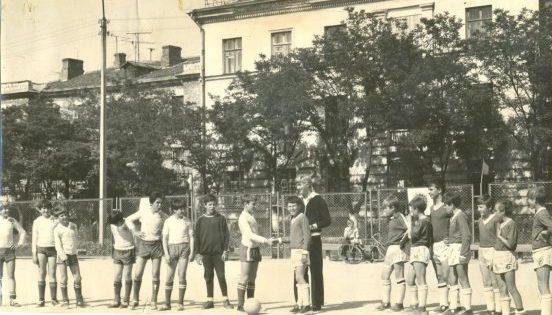 Кожаный мяч 1978 г. Виктория 64 - Горняк Балаклава