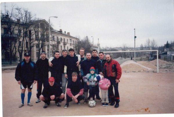 Команда Докер в Детском парке на зимнем первенство города по мини-футболу.