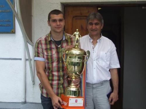 Александр Сучу, и Валерий Чалый с Кубком Молдовы.