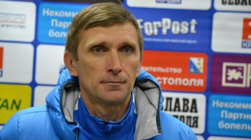 Старший тренер Александр Белобаба